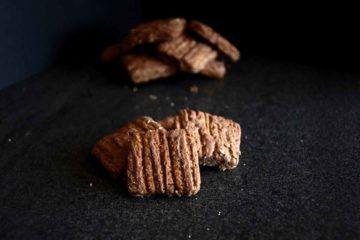 biscotti alo cioccolato e nocciole