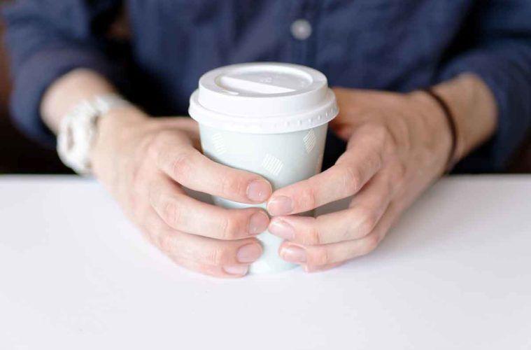 unghie bianche e sane