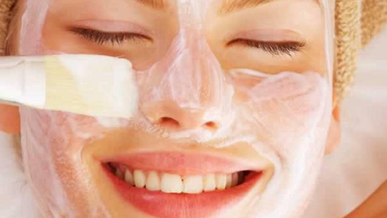 maschera viso naturali contro i punti neri