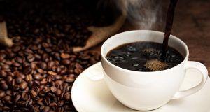 Bere caffè prima dello sport fa dimagrire.