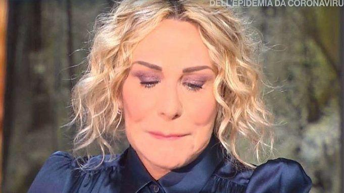 Antonella Clerici scoppia in lacrime in diretta: lo straziante motivo commuove