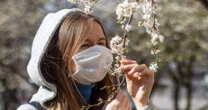 Come i prendere provvedimenti per frenare le allergie primaverili.