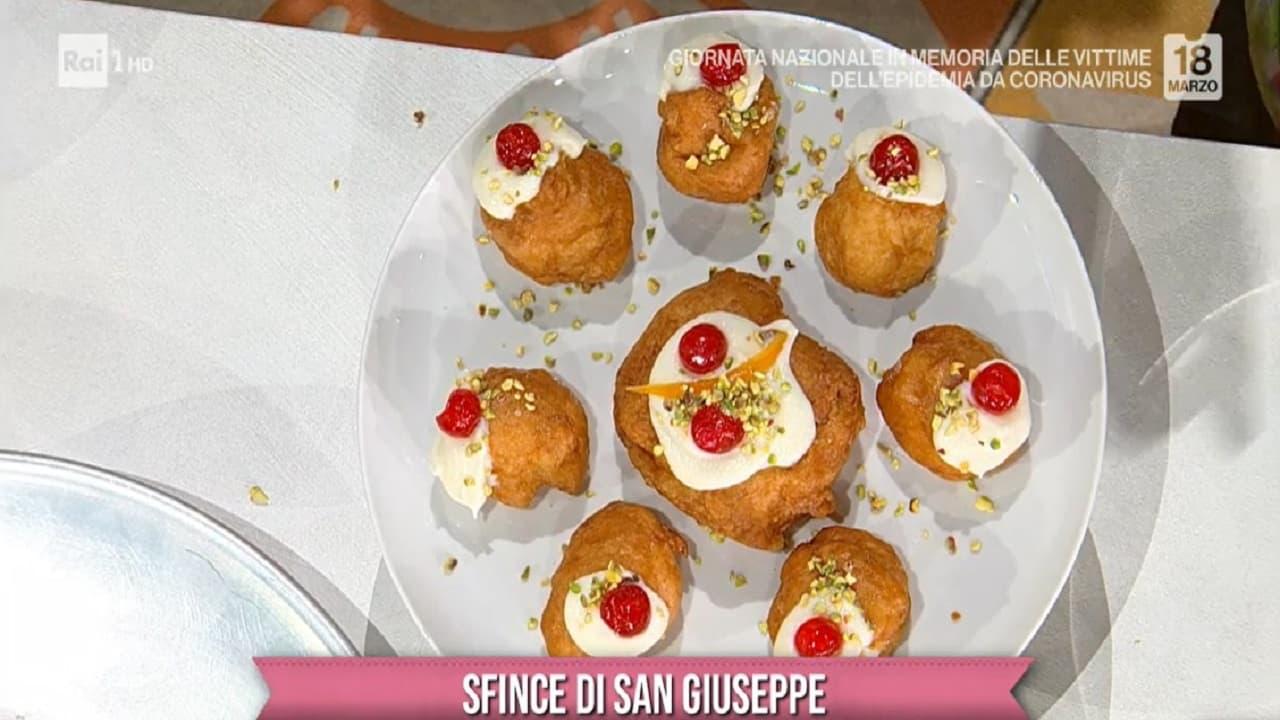 La versione siciliana delle classiche zeppole, la Sfince di San Giuseppe.