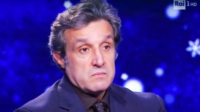 Flavio Insinna s'arrabbia col concorrente