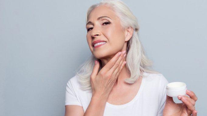 pelle del collo e invecchiamento