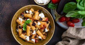 Un piatto tipico siciliano, pasta alla Norma.