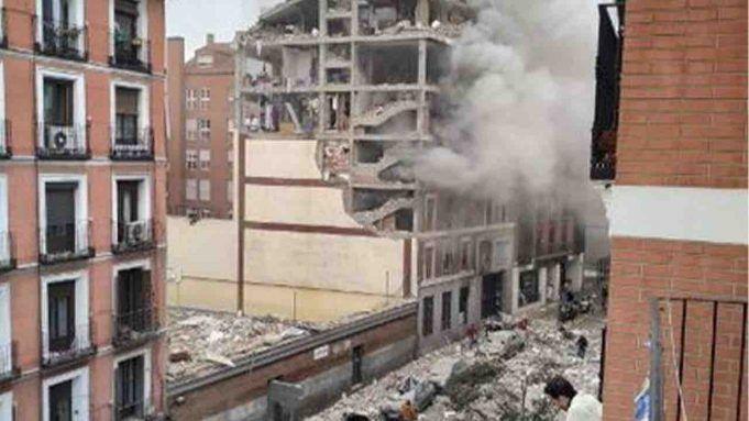 Trieste, esplosione, morto un giovane uomo e ferita una donna