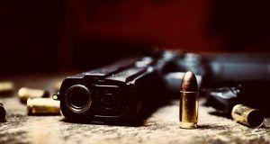 uccide cognata colpi pistola