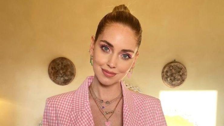Chiara Ferragni regalo, quanto costa l'anello di diamanti e zaffiri rosa? 'La cifra è Stellare'