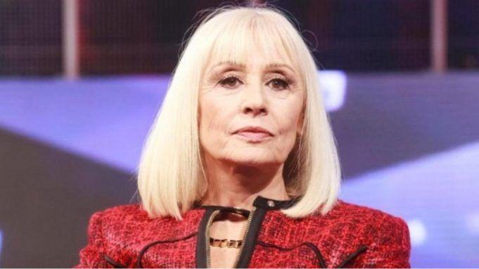 Raffaella Carrà colpita da un tumore